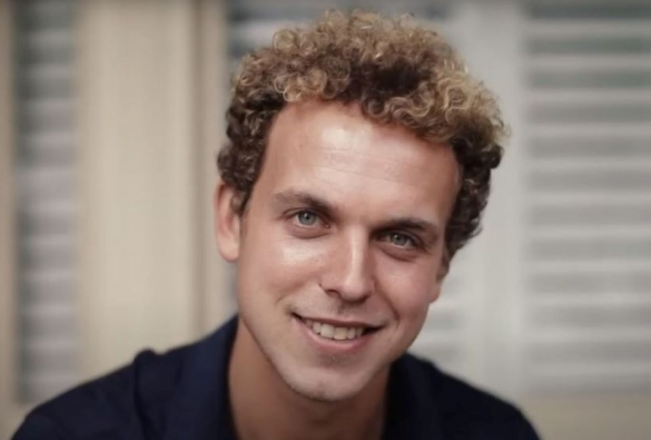 AFL player Mitch Wallis headshot while studying for his MBA with VU Online.